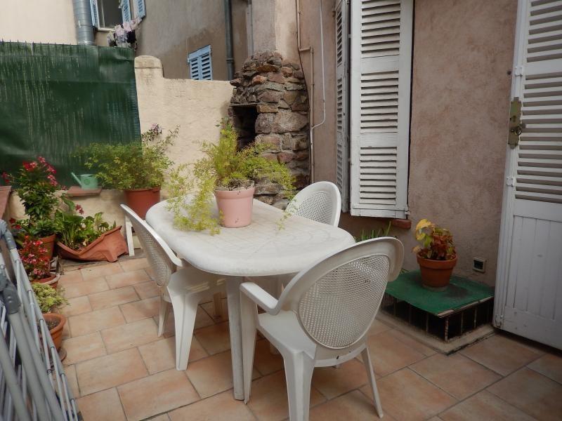 Vente appartement Roquebrune sur argens 147000€ - Photo 1