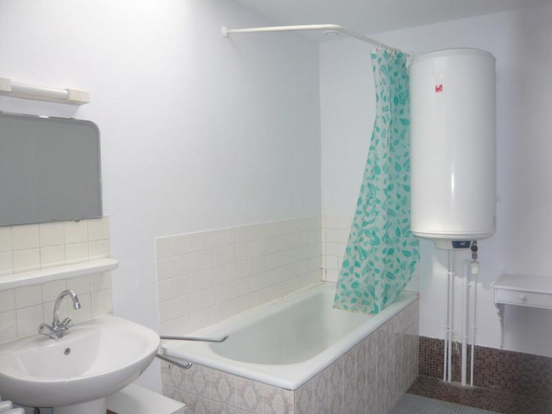 Rental apartment Meslay du maine 358€ CC - Picture 4
