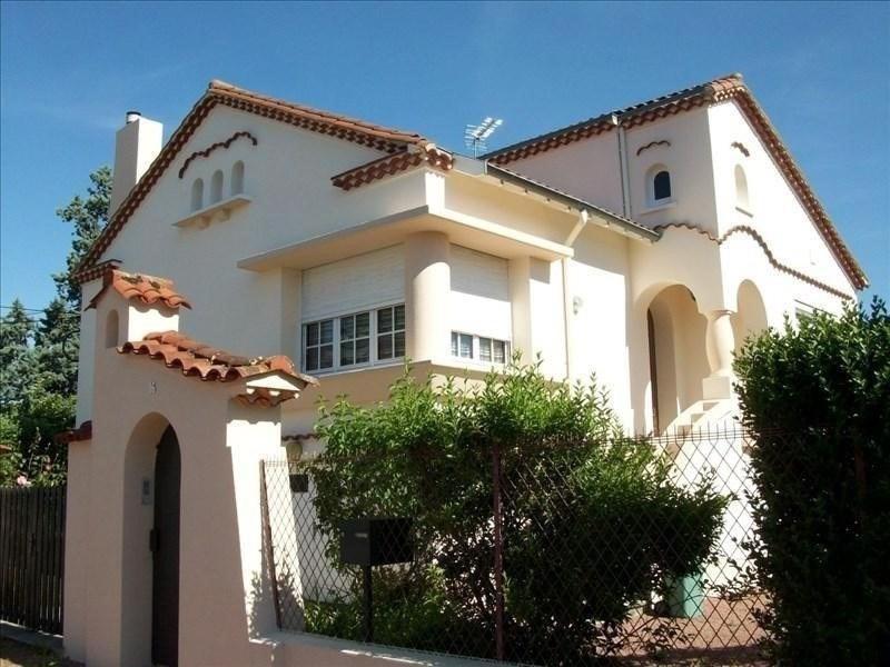 Sale house / villa Roanne 210000€ - Picture 1