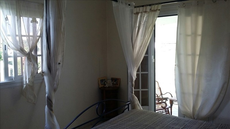 Sale house / villa St claude 297000€ - Picture 7