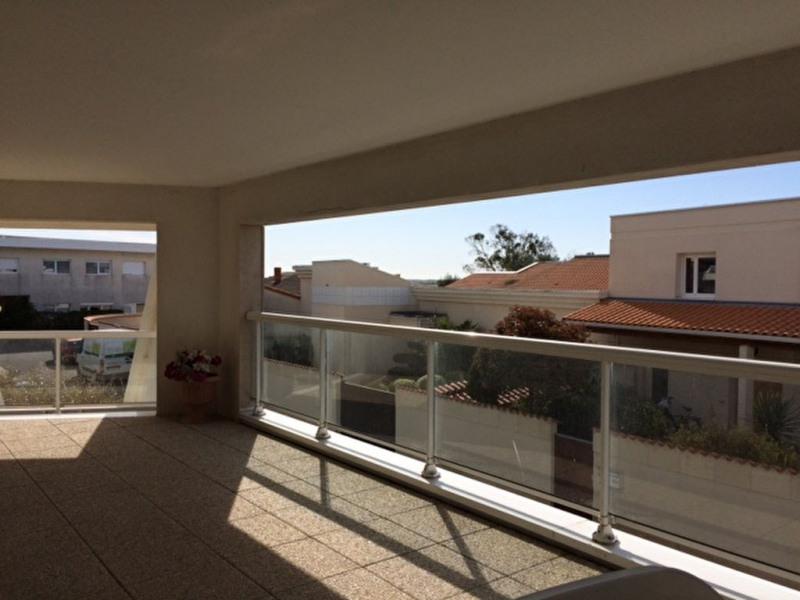 Sale apartment La rochelle 229000€ - Picture 1