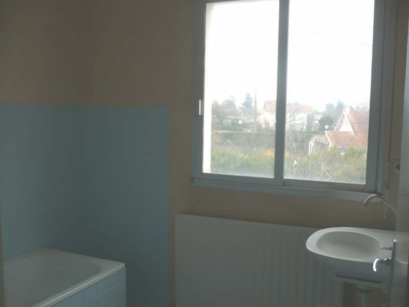 Rental apartment Angouleme 295€ CC - Picture 6