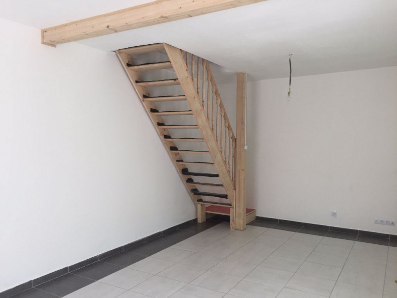 Sale house / villa Bourgoin jallieu 212000€ - Picture 4