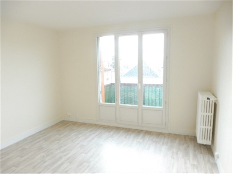 Rental apartment Gagny 890€ CC - Picture 3