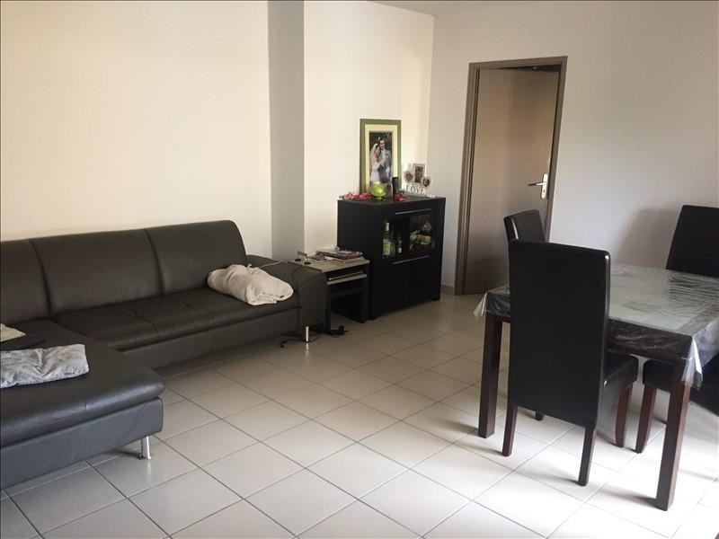 Sale apartment Salon de provence 218000€ - Picture 2