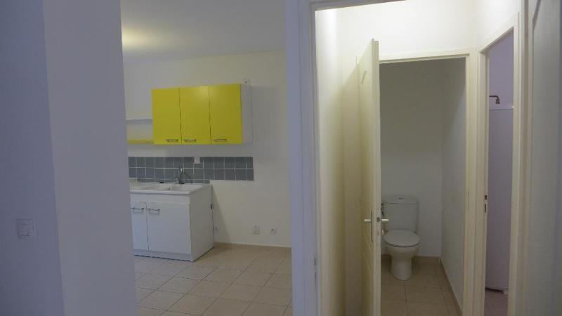 Location appartement Fleurieu 1103€ CC - Photo 5
