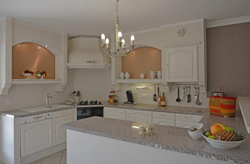 Revenda residencial de prestígio casa Tourrettes 895000€ - Fotografia 29