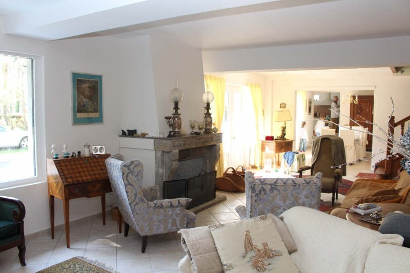 Vente de prestige maison / villa Lamorlaye 570000€ - Photo 3