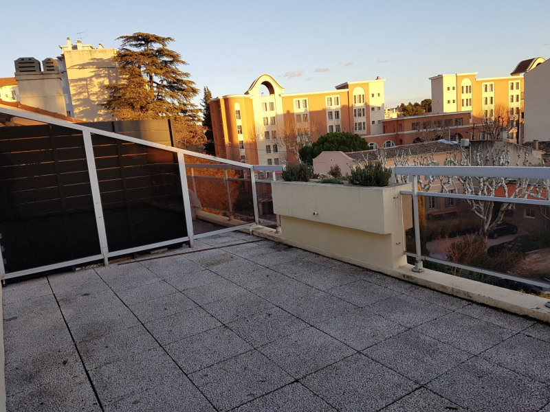 Location appartement Aix en provence 795€ CC - Photo 2