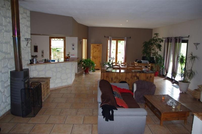 Vente maison / villa St victor sur loire 330000€ - Photo 5