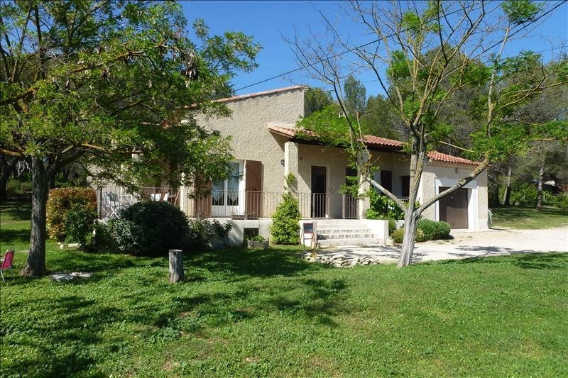 Rental house / villa Lambesc 1 400€ CC - Picture 1