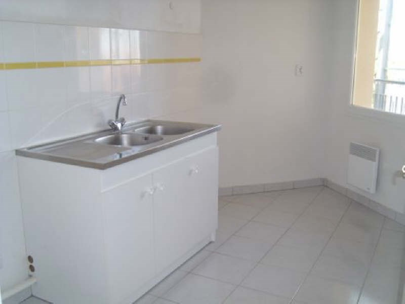 Rental apartment Angouleme 550€ CC - Picture 3