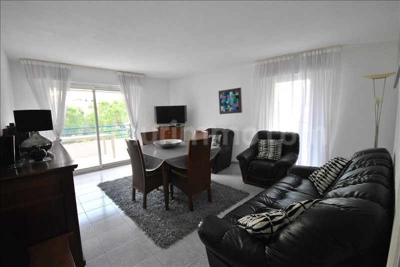Sale apartment Frejus-plage 249000€ - Picture 2
