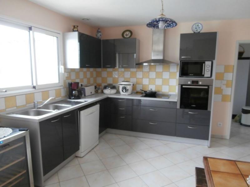 Sale house / villa Sigoules 244000€ - Picture 4
