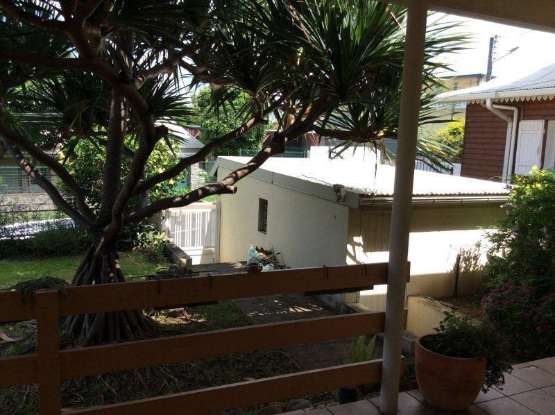 Vente maison / villa St louis 210000€ - Photo 16