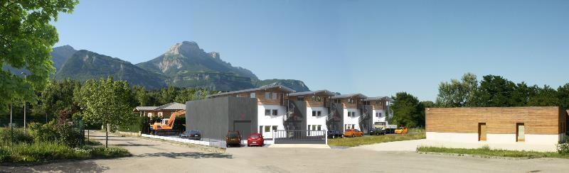 Vente Bureau Saint-Nazaire-les-Eymes 0
