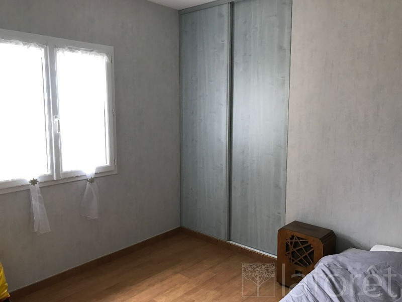 Sale house / villa Bourgoin jallieu 338000€ - Picture 6