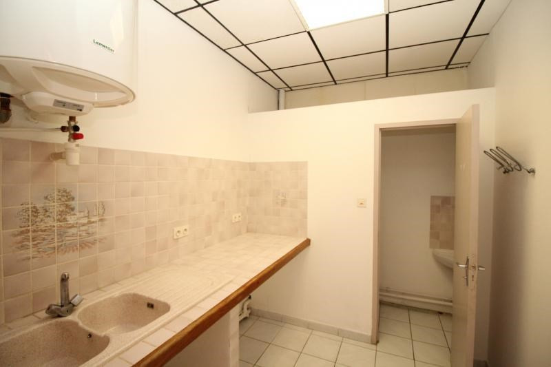 Rental empty room/storage Salon de provence 520€ +CH/ HT - Picture 6