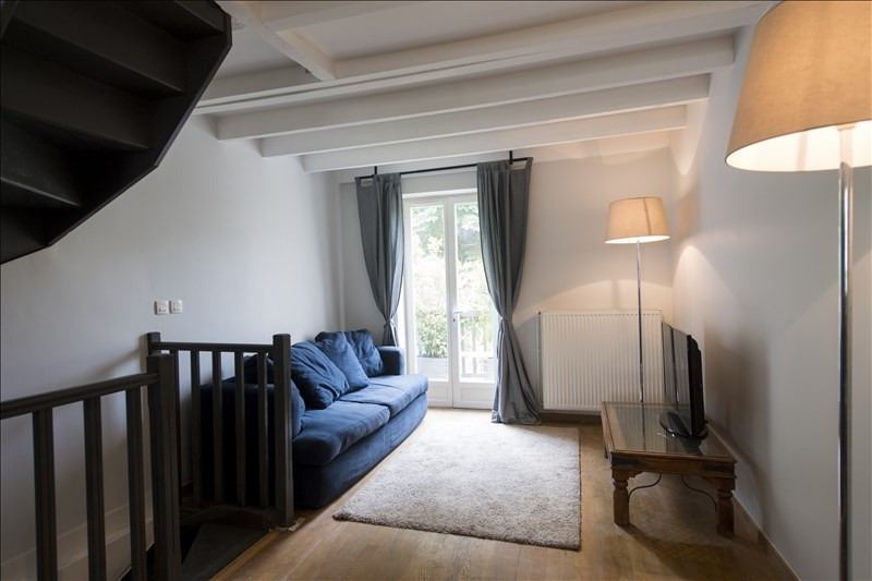 Rental apartment Ste foy les lyon 890€ CC - Picture 1