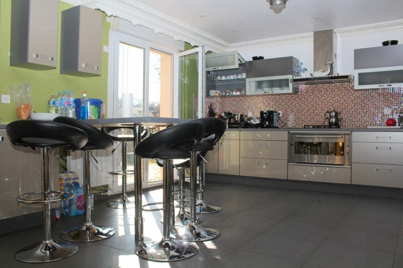 Deluxe sale house / villa Lamorlaye 618000€ - Picture 3