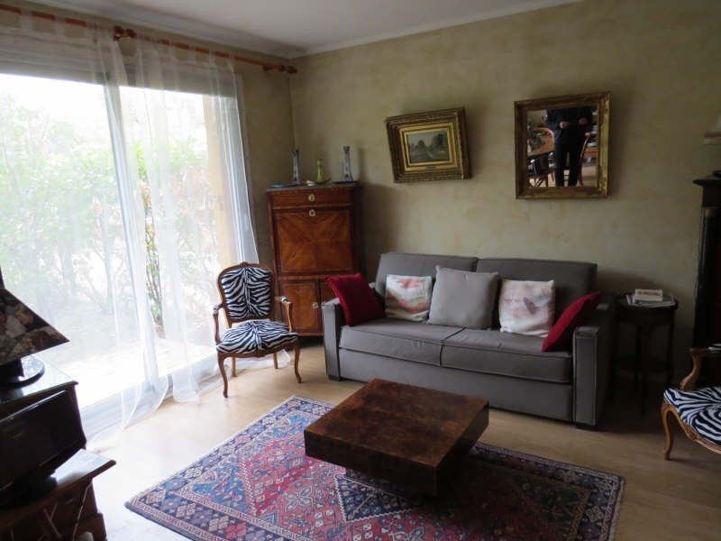 Sale apartment Maisons-laffitte 335 000€ - Picture 3