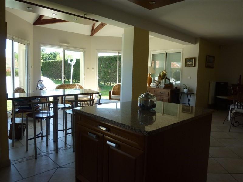 Sale house / villa St georges sur baulche 420000€ - Picture 5