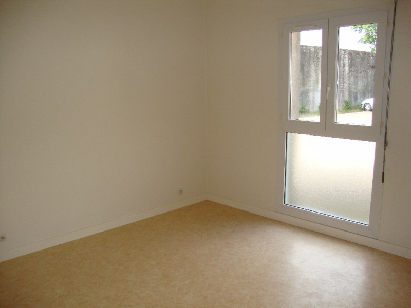 Location appartement Pont l abbe 480€ CC - Photo 3