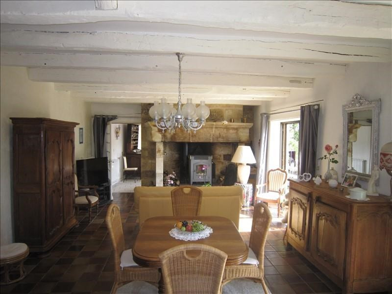 Sale house / villa Castels 228 500€ - Picture 3