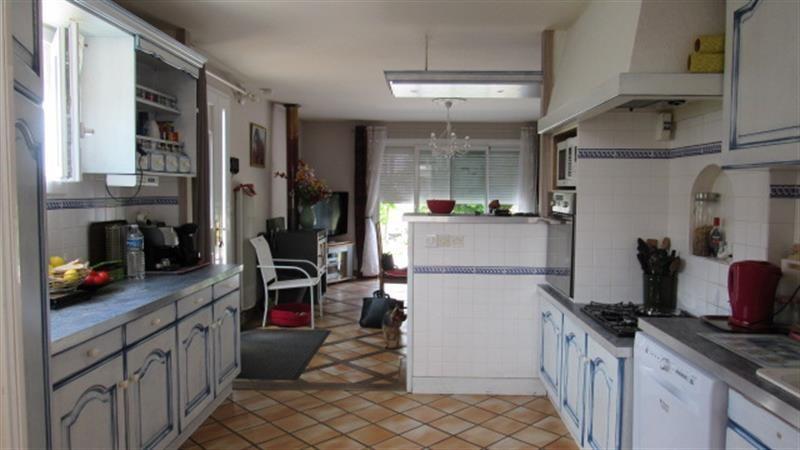 Sale house / villa Saint-hilaire-de-villefranche 185500€ - Picture 3