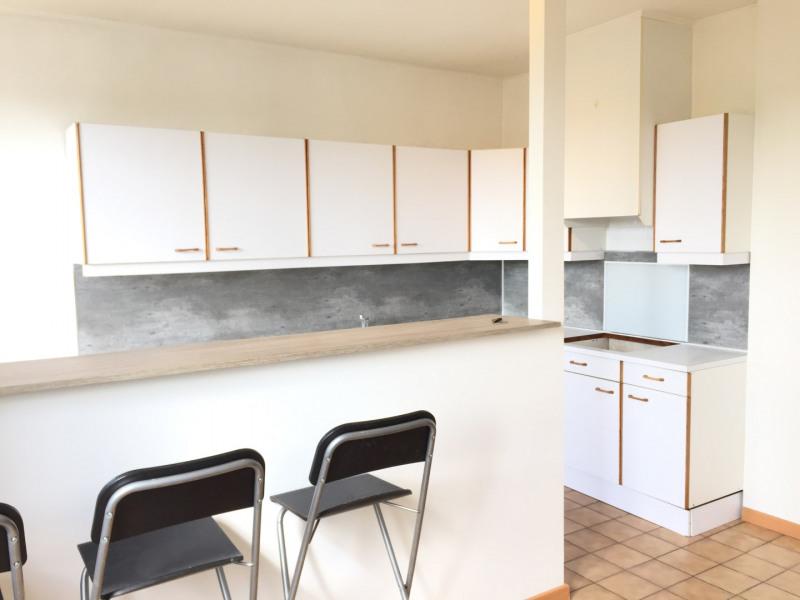 Rental apartment Auvers-sur-oise 680€ CC - Picture 2