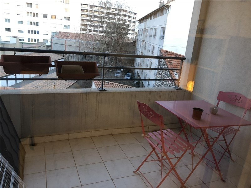 Location appartement Nimes 650€ CC - Photo 1