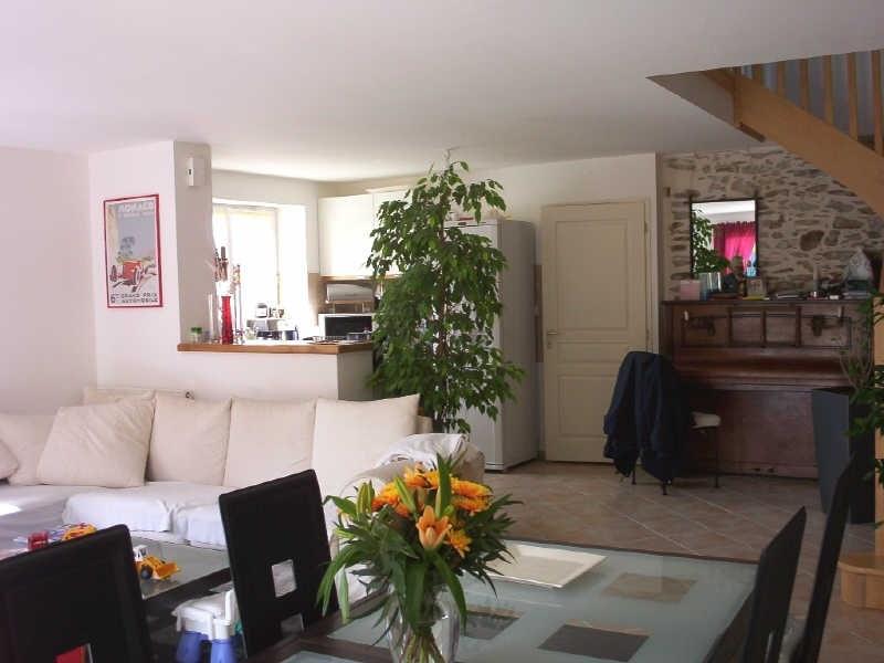 Rental house / villa St viaud 815€ CC - Picture 1
