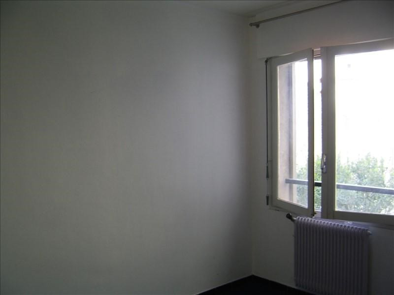 Location appartement Nimes gare 530€ CC - Photo 7