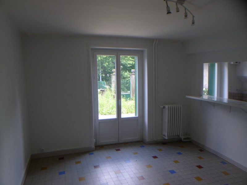 Rental house / villa Charly 708€ CC - Picture 3