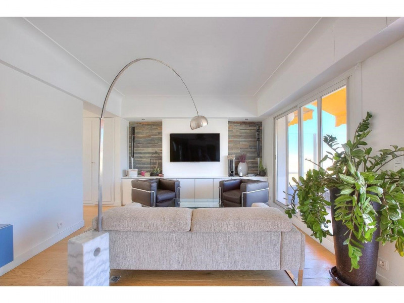 Deluxe sale apartment Nice 568500€ - Picture 12