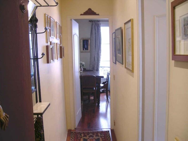 Location appartement Paris 7ème 1195€cc - Photo 2