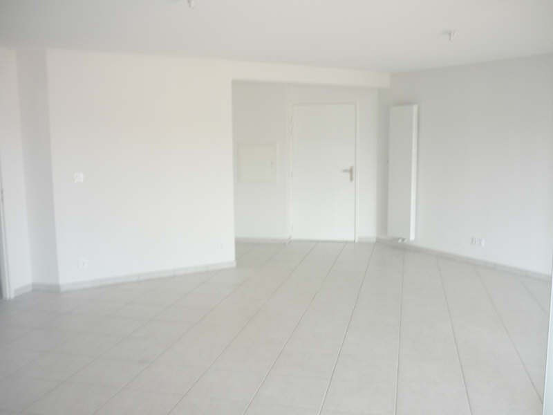 Rental apartment Manosque 1 150€ CC - Picture 3