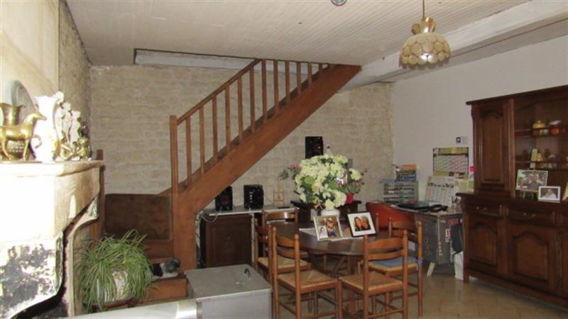Sale house / villa Saint-denis-du-pin 127500€ - Picture 3