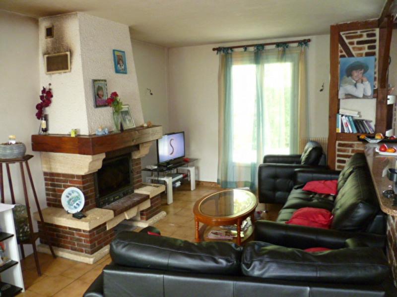 Sale house / villa Mouroux 230000€ - Picture 3