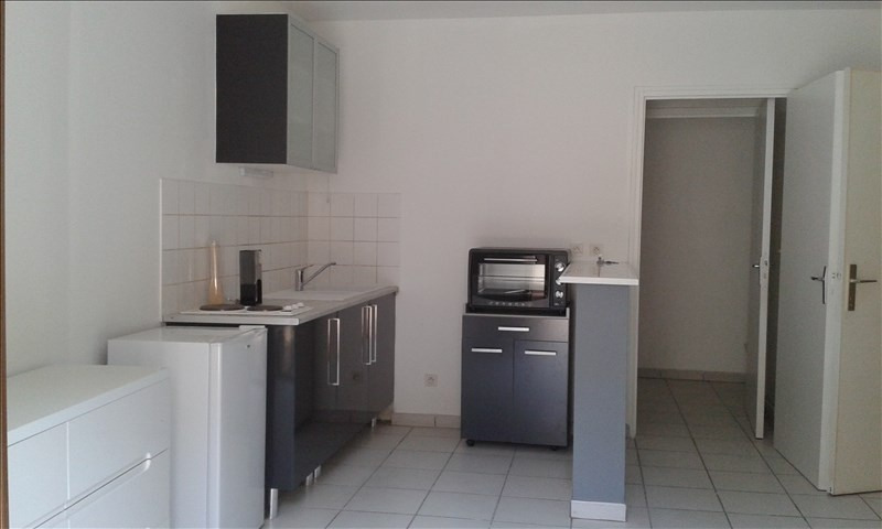 Location appartement Auxerre 350€ CC - Photo 1