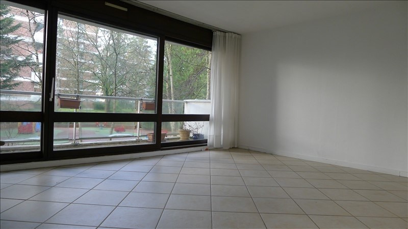 Sale apartment Jouy en josas 350 000€ - Picture 2
