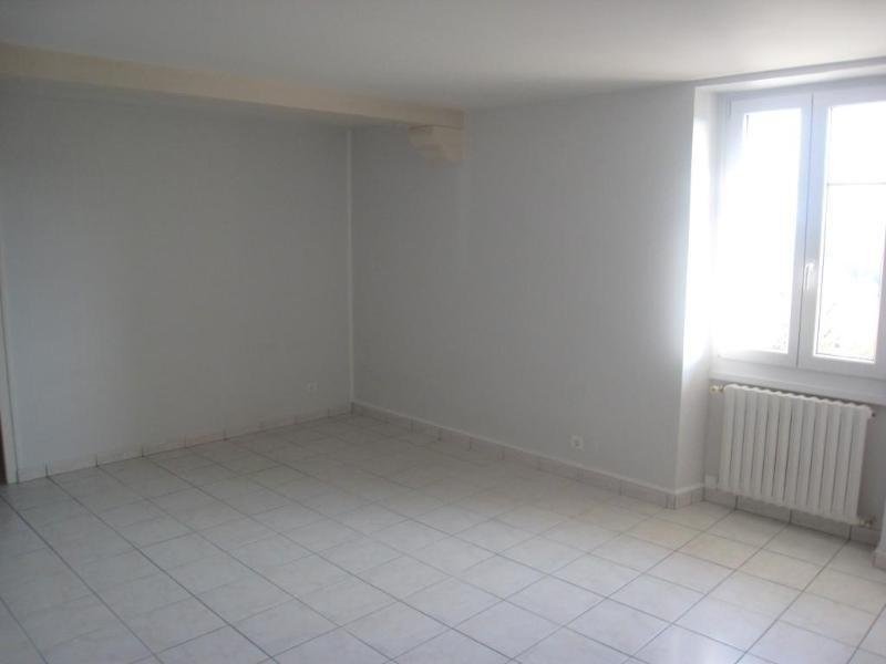 Location appartement Monnetier mornex 810€ CC - Photo 2