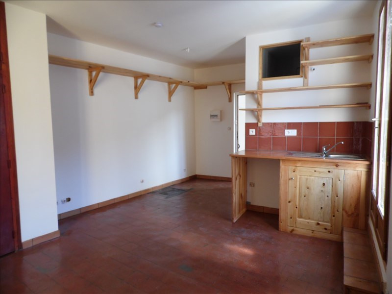 Location appartement Lodeve 300€ CC - Photo 1