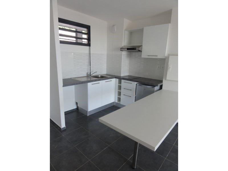 Location appartement St denis 579€ CC - Photo 5