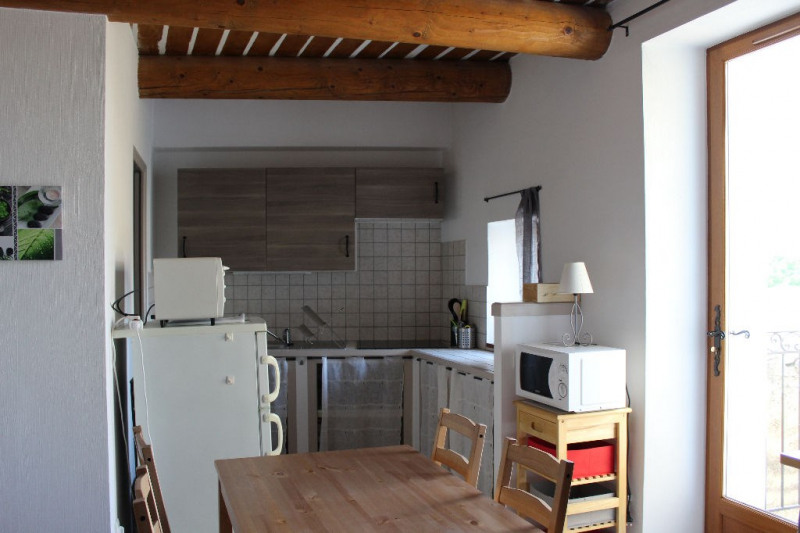 Location appartement Lambesc 530€ CC - Photo 3