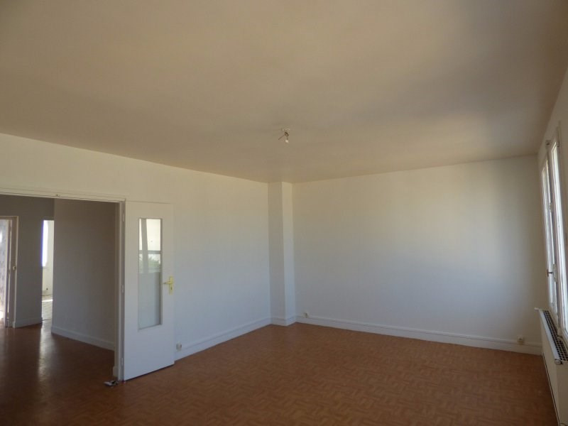 Rental apartment Colombes 1027€ CC - Picture 1