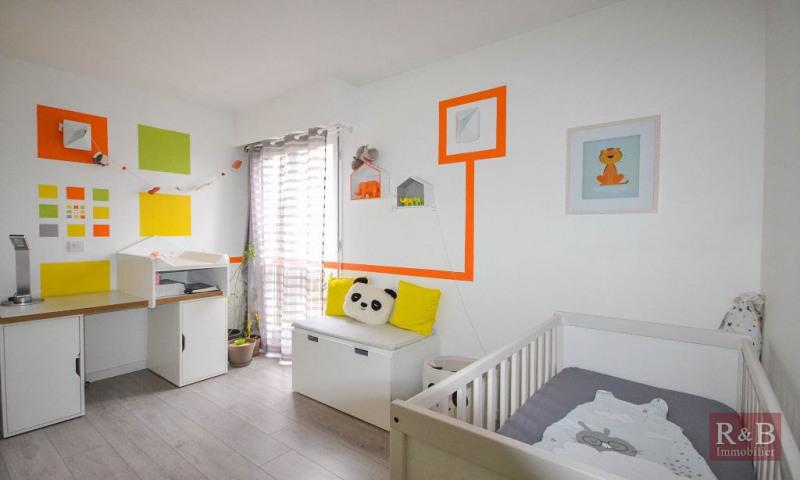 Sale apartment Les clayes sous bois 179000€ - Picture 6