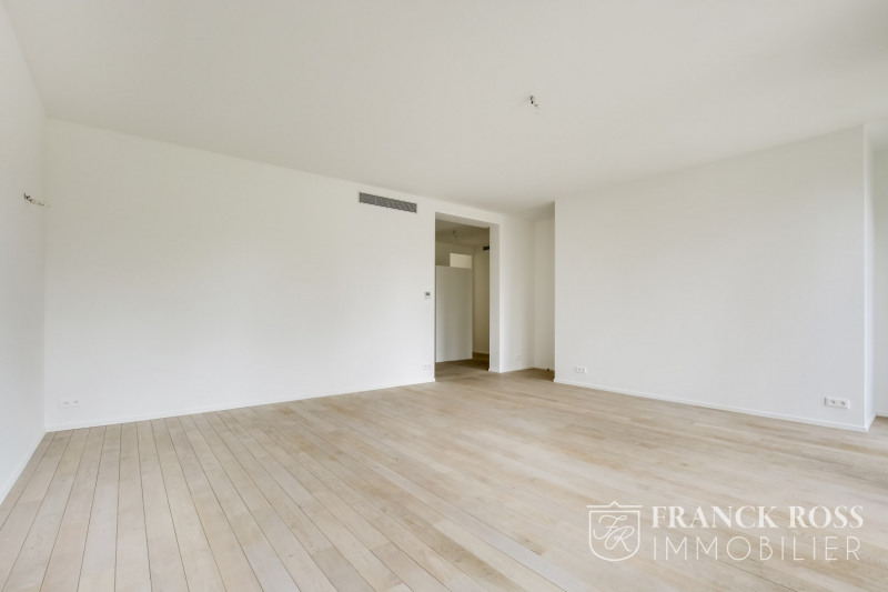 Location appartement Paris 8ème 7 350€ CC - Photo 2