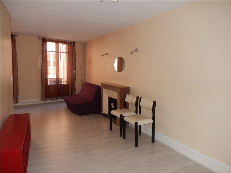 Location appartement Le puy en velay 346,75€ CC - Photo 2