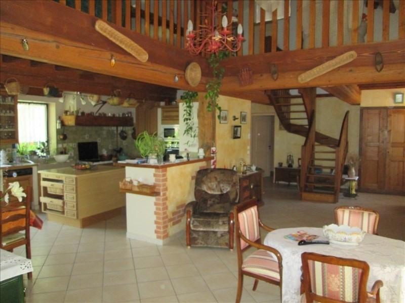 Sale house / villa Pont de vaux 340000€ - Picture 3